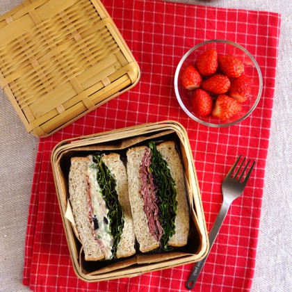 Pastrami and potato salad sandwich lunchbox・サンドウィッチ弁当
