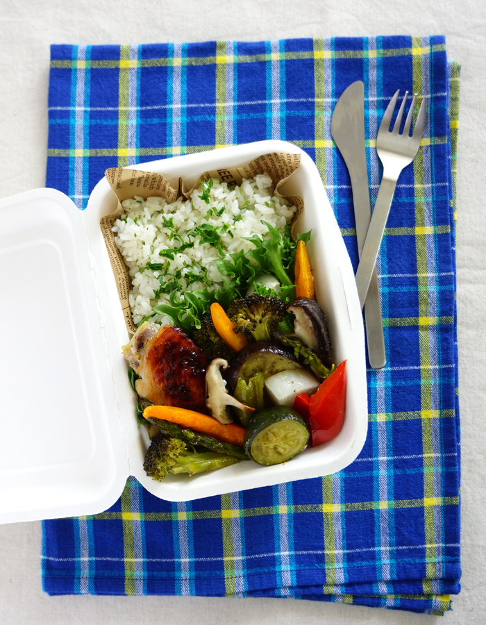 Roasted chicken wings and vegetables bento/ローストチキンと野菜のお弁当