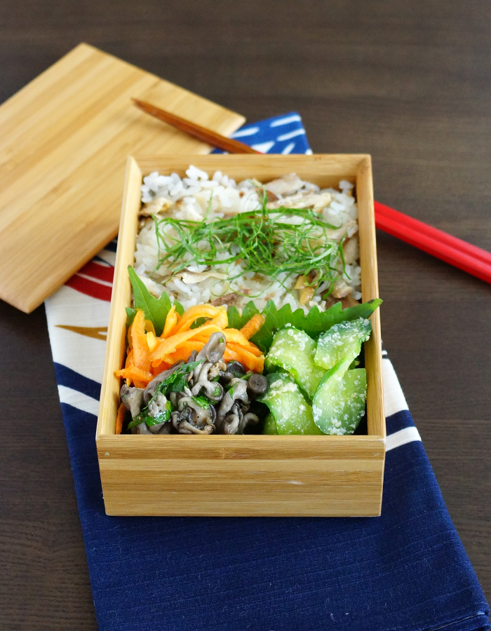 Cooked saury rice bento/秋刀魚ごはん弁当