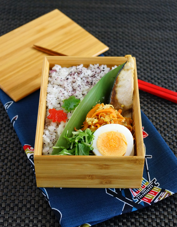 Grilled yellowtail bento/鰤の塩焼き弁当