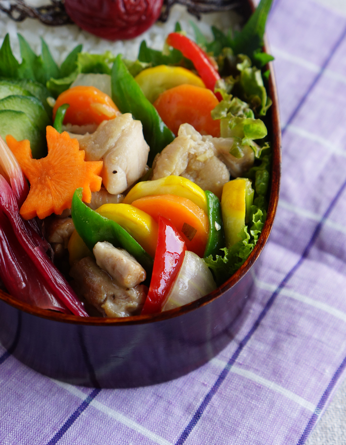 Chicken breast and summer vegetables stir-fry