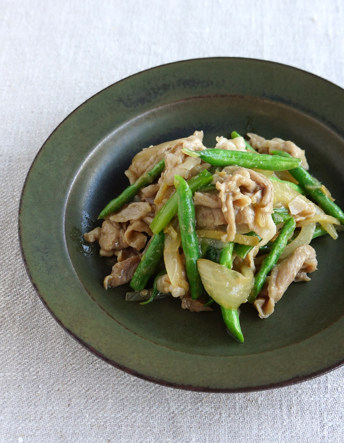 Thai ginger pork, Moo pad king