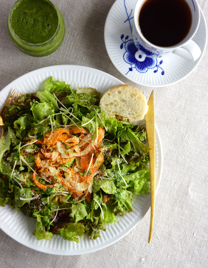 carrot ribbon and mixed green salads, green smoothie and a cup of tea