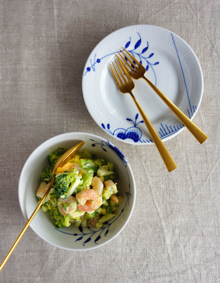 Broccoli prawn and egg salad