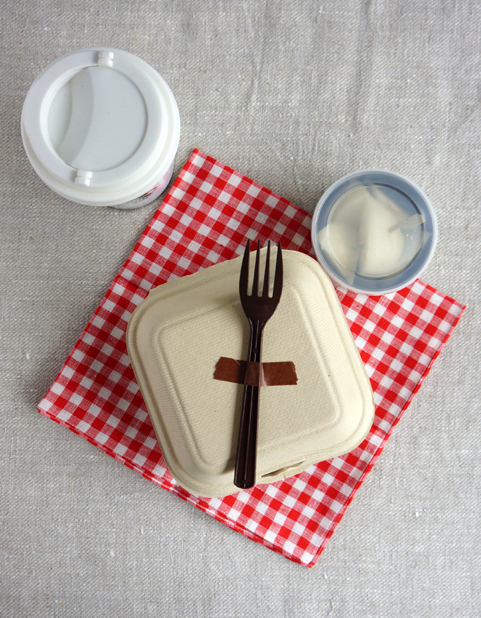 Disposable paper lunch box and bento supplies