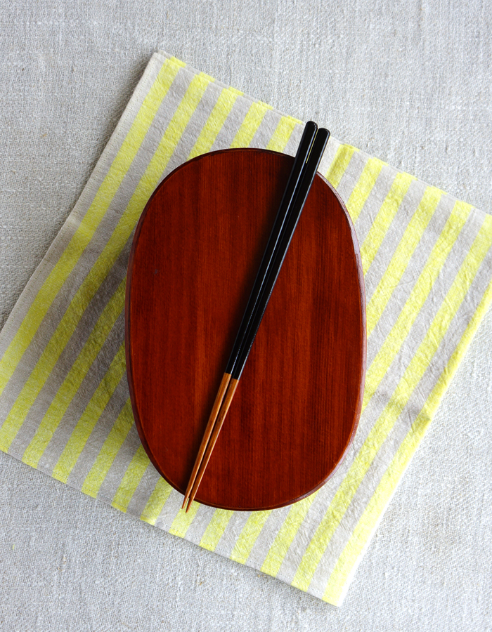 Magewappa, fabric and chopsticks