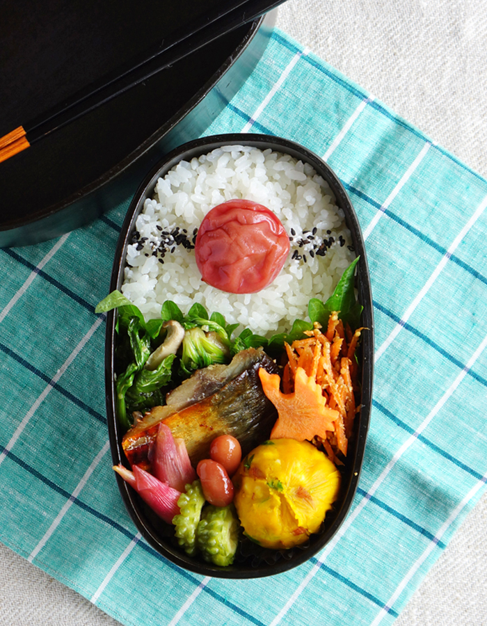 Grilled mackerel bento/鯖の塩焼き弁当