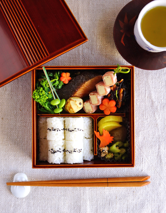 Makunouchi-style lunch in the box