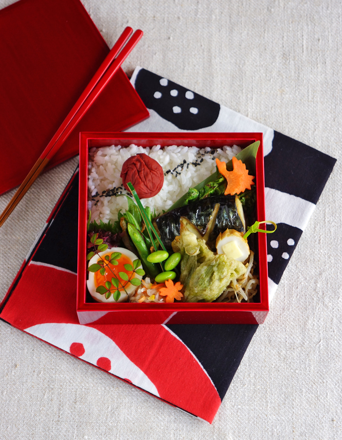 Grilled salted mackerel bento/焼き塩鯖弁当