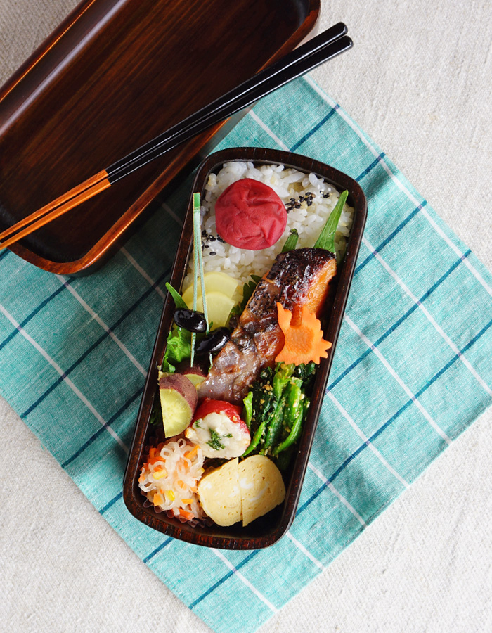 Grilled miso-marinated salmon bento/鮭の味噌漬け焼き弁当