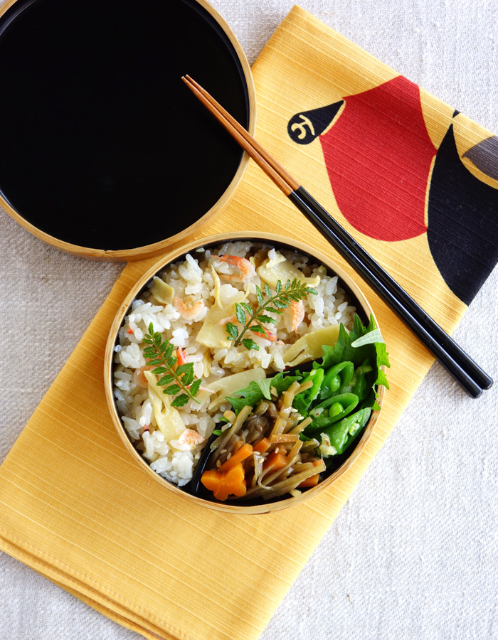 Cooked bamboo shoots rice bento/筍ごはん弁当