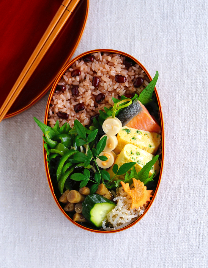 Cooked red beans rice bento/赤飯弁当